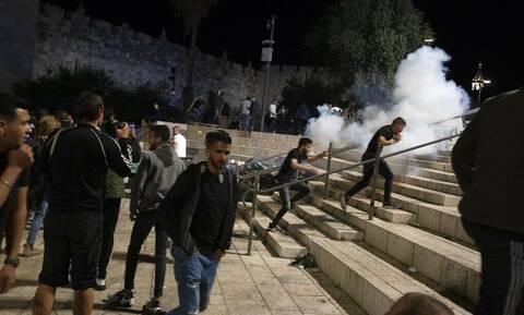 Στους 169 οι τραυματίες από συγκρούσεις Παλαιστινίων και Ισραηλινών στην Ιερουσαλήμ