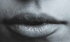 Πλαστικοί χειρούργοι δημιούργησαν την «τέλεια» γυναίκα - Δείτε πώς είναι! (photos)