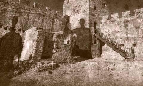 Δροσουλίτες: Ένας μύθος που ζωντανεύει στην Κρήτη κάθε χρόνο τέτοια εποχή