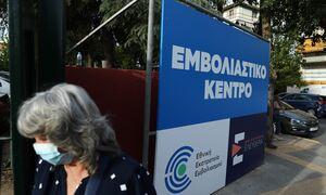 «Βόμβα» Βασιλακόπουλου στο Newsbomb.gr: Προσοχή σε όσους κάνουν τη 1η δόση – Πώς μεταλλάσσεται ο ιός