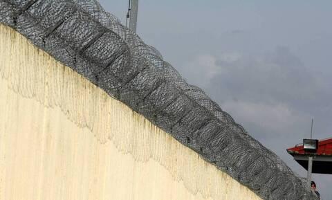 Ρόδος: Στη φυλακή ο 48χρονος που μαχαίρωσε αστυνομικό