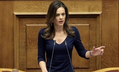 ΣΥΡΙΖΑ: Για «προπαγάνδα της ΝΔ» κάνει λόγο σε ανάρτησή της η Έφη Αχτσιόγλου