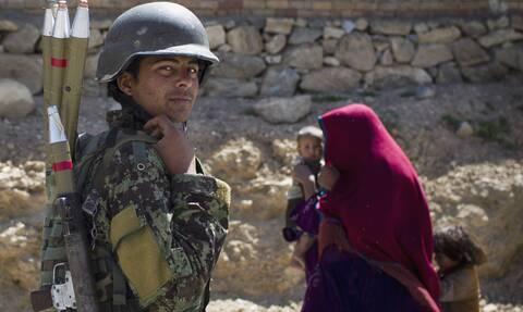 Αφγανιστάν: Τουλάχιστον 11 νεκροί απο βόμβιστική επίθεση σε λεωφορείο