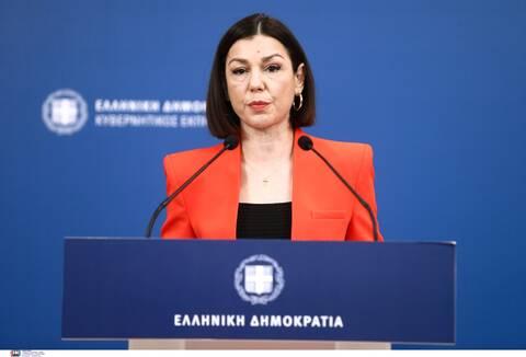 Πελώνη στο Newsbomb.gr: Μόνο αν ανοίξουν οι εμβολιασμοί για όλους έχει νόημα η συζήτηση για προνόμια