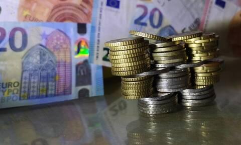 Επίδομα 534 ευρώ: Ξεκινούν οι πληρωμές σήμερα σε 472.899 δικαιούχους
