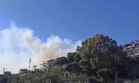 Μεγάλη φωτιά ΤΩΡΑ στην Αγία Μαρίνα Κορωπίου