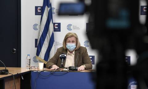 Κορονοϊός: Δείτε LIVE την ενημέρωση από το υπουργείο Υγείας για την πορεία των εμβολιασμών