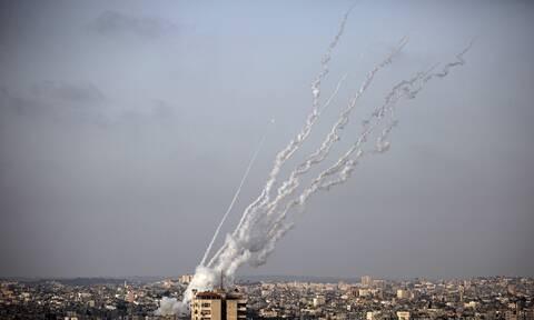 Κλιμάκωση έντασης στην Ιερουσαλήμ: Βομβαρδισμοί στη Γάζα μετά τις εκτοξεύσεις ρουκετών από τη Χαμάς
