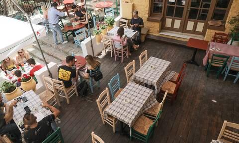 Lockdown: Ο τουρισμός φέρνει νέες ελευθερίες - Άνοιγμα μετακινήσεων και εστίαση μέχρι τα μεσάνυχτα