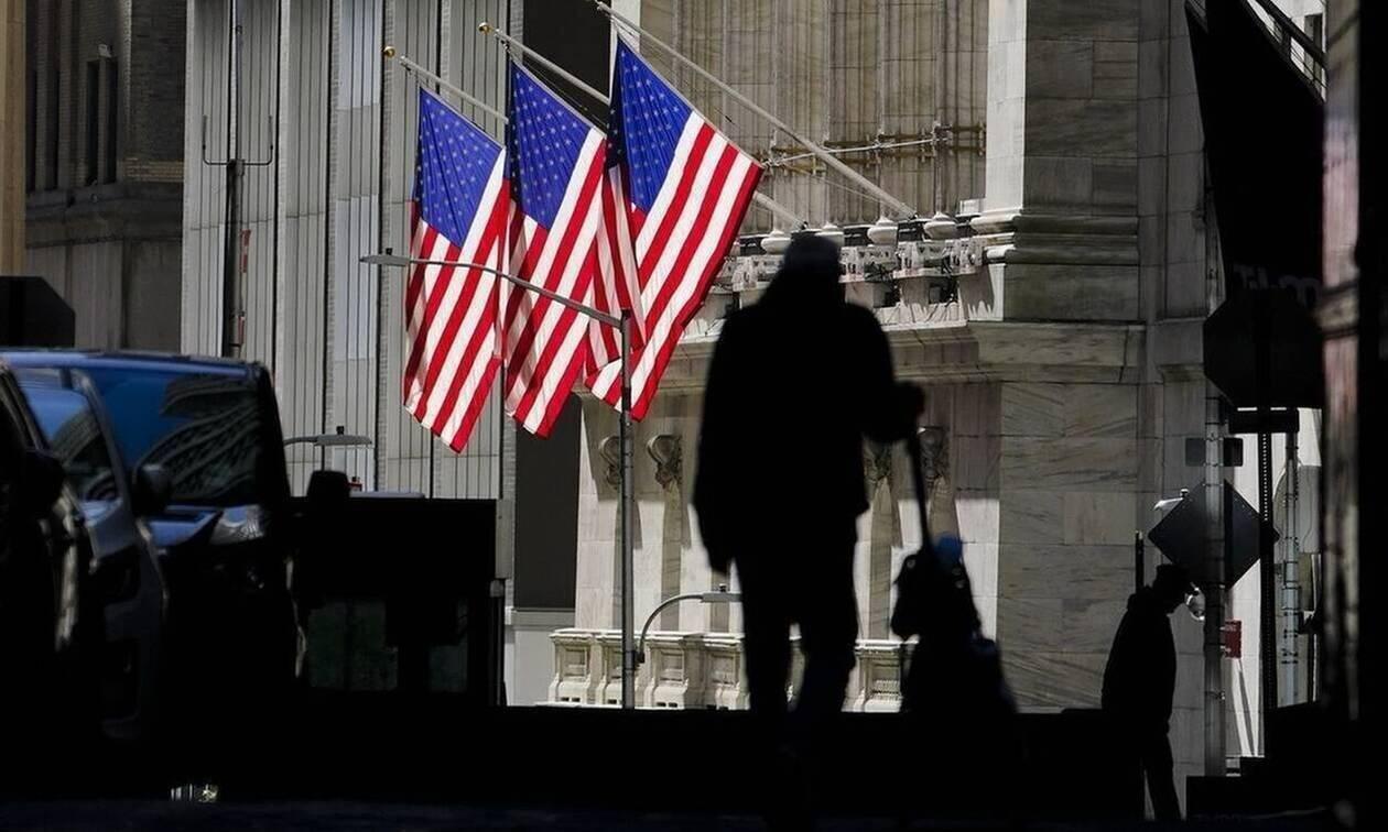 Κλείσιμο με πτώση στη Wall Street - Βουτιά άνω του 2% ο Nasdaq