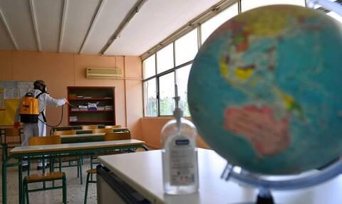 Κρήτη: Καθηγήτρια μήνυσε διευθυντή λυκείου - Ήθελε να κάνει μάθημα χωρίς μάσκα