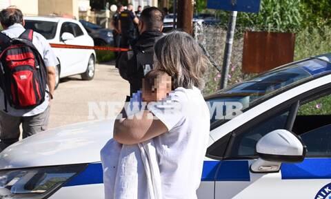 Ρεπορτάζ Newsbomb.gr - Γλυκά Νερά: Στην αγκαλιά συγγενών το 11 μηνών βρέφος