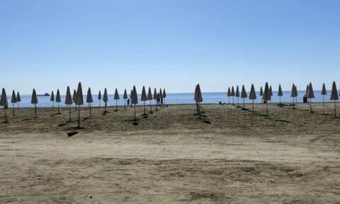 Κύπρος: Με πρωτόκολλα και απολυμάνσεις άνοιξαν οι παραλίες του Δήμου Λάρνακας
