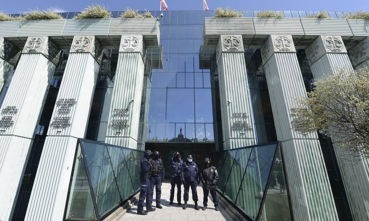 Πολωνία: Εκκενώθηκε το κτίριο του Ανώτατου Δικαστηρίου μετά απο απειλή για βόμβα