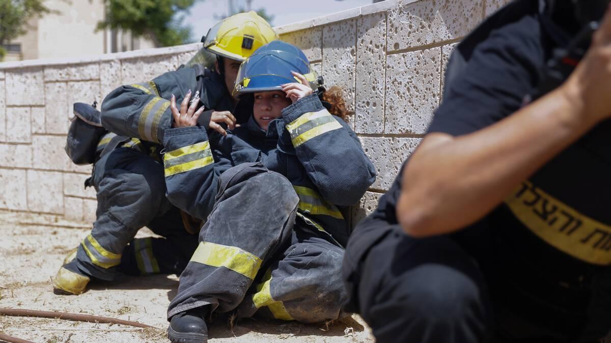 Ισραηλινοί πυροσβέστες στην Ασκελόν