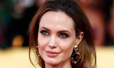 Angelina Jolie: Γιατί έχει μείνει μόνη από τον χωρισμό της