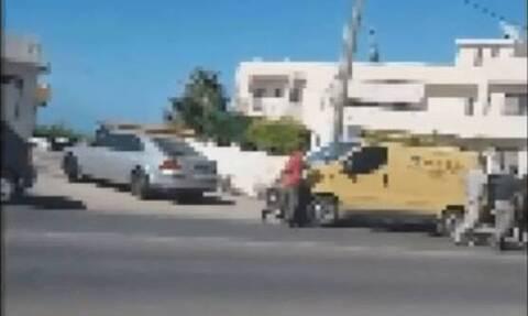 Κρήτη: Απίστευτος καυγάς στα Μάλια - Βγήκαν τα τσεκούρια στη μέση του δρόμου!