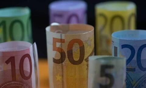 Συντάξεις: Αυξήσεις έως 202 ευρώ και αναδρομικά έως 3.840 ευρώ για απόστρατους