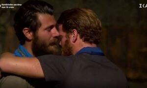 Survivor: Αποχώρηση Τζέιμς - Τρελάθηκε πρώην παίκτρια - Δεν μπορούσε να το πιστέψει (pics+vids)