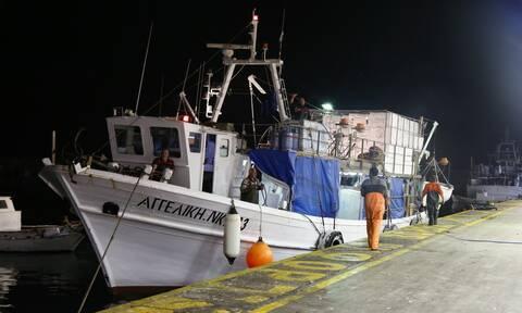 Τα 12 ναυτικά μίλια φέρνουν αλλαγές: Νομοθετική ρύθμιση για το καθεστώς αλιείας με μηχανότρατες