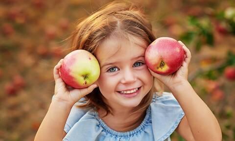 Οι καλύτερες επτά τροφές για παιδιά (υγιεινές και απολαυστικές)
