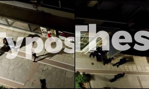 Χόρευε τσιφτετέλι στον δρόμο και έβριζε τους αστυνομικούς που ήταν στα 20 μέτρα (vid)