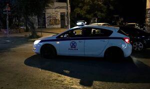 Νέα Σμύρνη: Έκαναν κορονοπάρτι στην πλατεία - Τους μάλωσε και τον μαχαίρωσαν