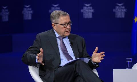 Ρέγκλινγκ: Στόχος του ευρώ δεν είναι να αντικαταστήσει το δολάριο