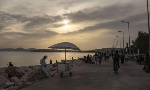Κρούσματα σήμερα: Στην Αττική οι 924 μολύνσεις, τριψήφια νούμερα σε Θεσσαλονίκη, Αιτωλοακαρνανία
