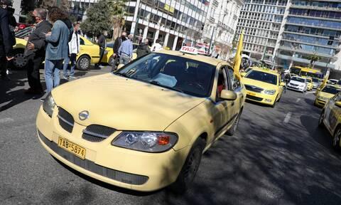 Ταξί: Νόμιμη γίνεται η διπλή κούρσα