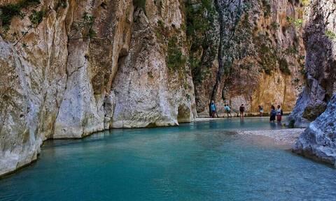 Τολμάς να επισκεφτείς τα πιο «τρομακτικά» μέρη στην Ελλάδα;