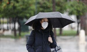 Καιρός: Μίνι κακοκαιρία με ισχυρές βροχές το Σαββατοκύριακο - Πέφτει η θερμοκρασία