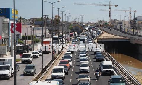 ΤΩΡΑ: Απελπισία στον Κηφισό - Αδιανόητο μποτιλιάρισμα και απίστευτη ταλαιπωρία για τους οδηγούς