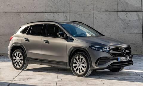Mercedes: Δείτε πόσο κοστίζουν οι τετρακίνητες, ηλεκτρικές EQA