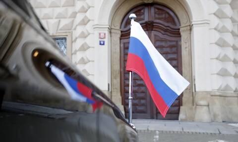 Η Ρωσία χαρακτήρισε επίσημα «μη φιλικές χώρες» τις ΗΠΑ και την Τσεχία