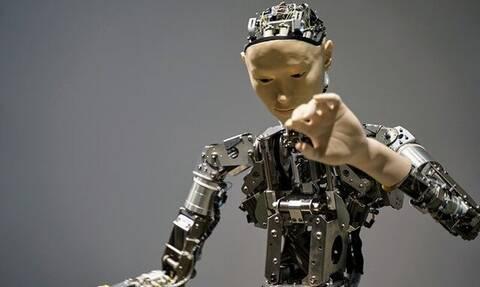 Σομαλακίδης στο Newsbomb.gr: Έρχεται η εποχή των ρομπότ στην εργασία - Ποια προβλήματα θα λύσει