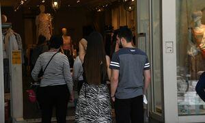 Ανοιχτά τα μαγαζιά την Κυριακή (16/05) - Τι ώρα ανοίγουν και τι ώρα κλείνουν