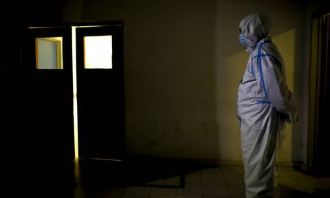 Κορονοιός - Αργεντινή: Ξεπέρασαν τους 70.000 οι θάνατοι εξαιτίας της COVID-19