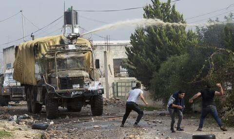 «Skunk water»: Το... βρομερό όπλο των Ισραηλινών κατά των Παλαιστινίων - Τους πετούν απόβλητα!