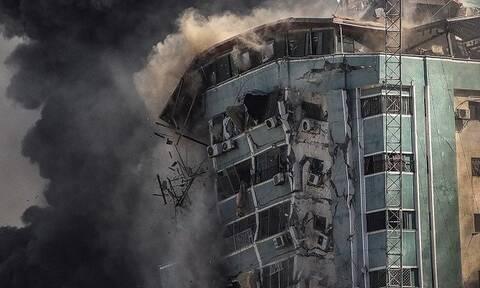 Νετανιάχου: «Απόλυτα νόμιμος στόχος» το κτήριο όπου στεγάζονταν μέσα ενημέρωσης