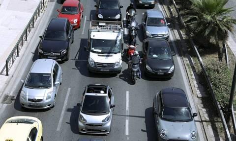 Κίνηση ΤΩΡΑ: Χάος στους δρόμους – Όλοι στο «κόκκινο»