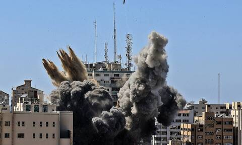 «Δεν υπάρχει ασφαλές μέρος στη Γάζα» Δημοσιογράφος του A.P περιγράφει το βομβαρδισμό του κτιρίου