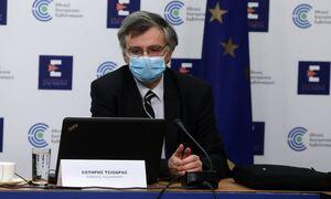 Σωτήρης Τσιόδρας: Ανησυχώ για τις μεταλλάξεις του κορονοϊού
