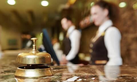 Εξάρχεια: Ληστές «χτύπησαν» ξενοδοχείο αλλά έφυγαν μόνο με 96 ευρώ σε κέρματα!