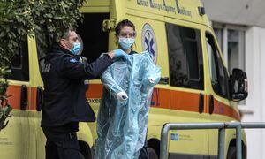 Κρούσματα σήμερα: 1.402 νέα ανακοίνωσε ο ΕΟΔΥ - 56 θάνατοι σε 24 ώρες, στους 647 οι διασωληνωμένοι