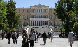 Κρούσματα σήμερα: Στην Αττική οι 687 μολύνσεις - 134 στη Θεσσαλονίκη
