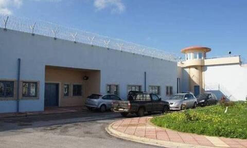 «Ντου» στις φυλακές Χανίων - Δείτε τι βρήκαν