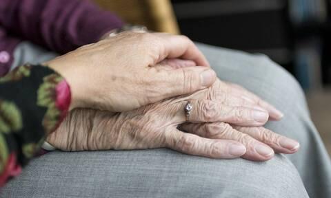 Άνοια και COVID-19: Σημαντική επιδείνωση για το 86% των ασθενών λόγω παρατεταμένης απομόνωσης