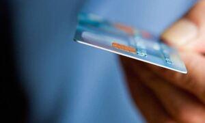 Προσοχή! Μάστιγα οι ηλεκτρονικές απάτες – Πώς παίρνουν τα χρήματα σας με SMS και email