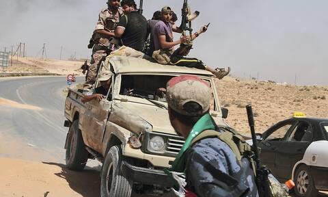 Οι ΗΠΑ ζητούν αποχώρηση όλων των ξένων δυνάμεων από τη Λιβύη